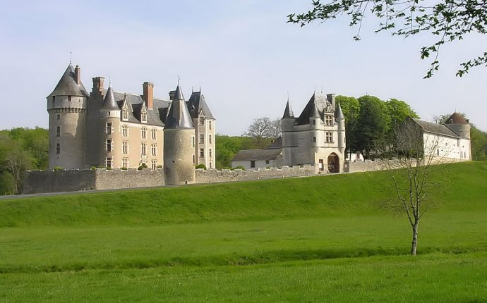 Chateau Bed And Breakfast Loire Valley France - Boisholz