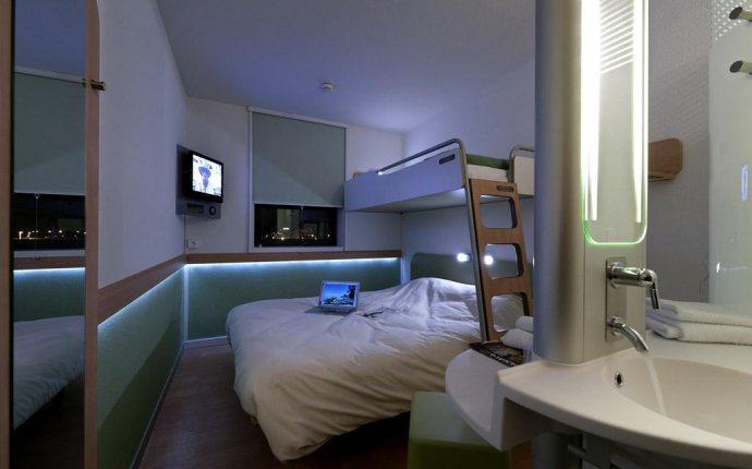 ETAP Hotels, France - dpa lighting consultants - Right Light
