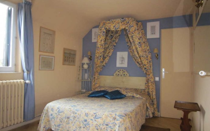 Great value dog friendly B&B near Orleans Blois Loire Valley France