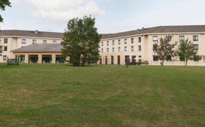 Holiday Inn Calais - Coquelles Hotel by IHG