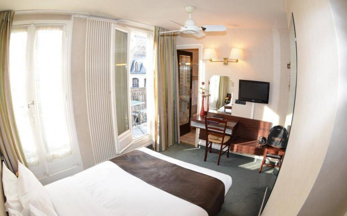 Hotel du College de France, Paris - Review by EuroCheapo