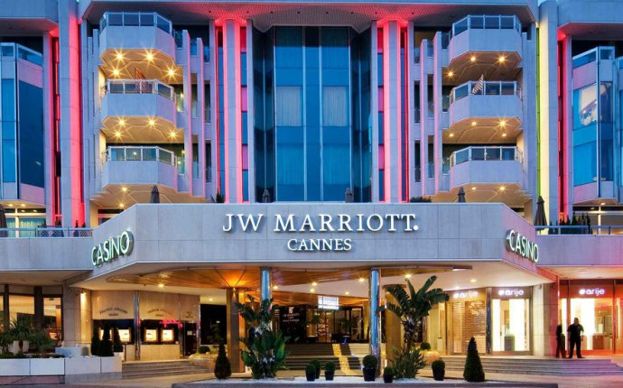 Hotel in Cannes, France - French Riviera Resort | JW Marriott Cannes