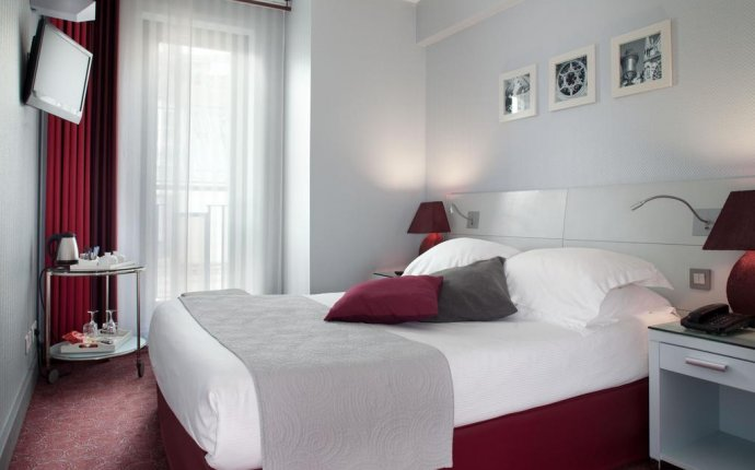 Hotel Paris Bastille, France - Booking.com