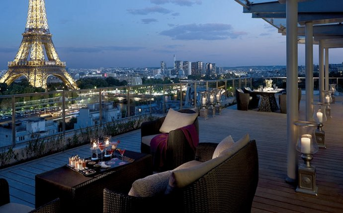 Luxury 5 star hotels with spa in the centre of Paris: the City of
