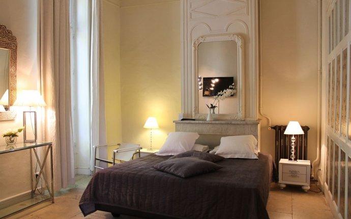 Royal Hotel - Reviews, Photos & Rates - ebookers.com